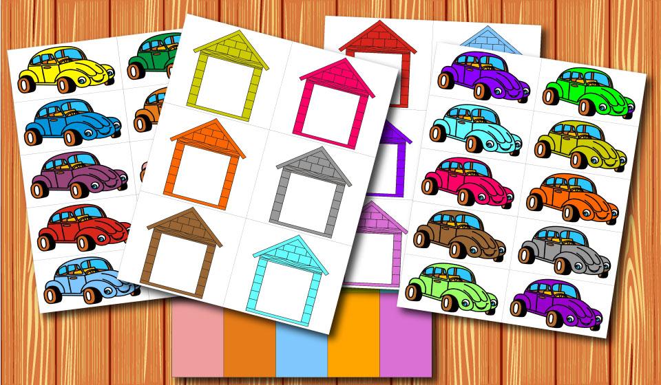 Машинки и гаражи.